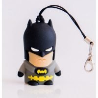 PEN DRIVE 32GB FIG. SUPER  BAT